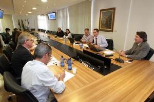 Pr tem o primeiro comitê do país para logística reversa na construção civil