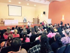 Sesi PR e Cooperativa Sicredi realizam a��o em prol da Campanha Outubro Rosa