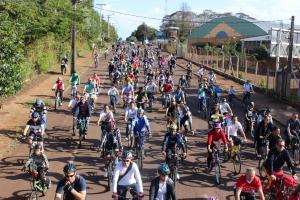2� Edi��o da Pedalada Sustent�vel re�ne 300 ciclistas em Cascavel