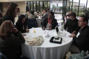 Diálogo entre os participantes sobre voluntariado