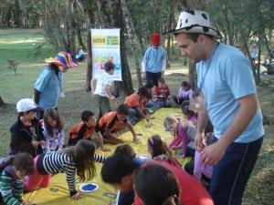 Em São José dos Pinhais, alunos desenvolveram ações com a temática da educação