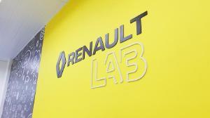 Renault inaugura Renault Lab em Curitiba em parceria com o Sistema Fiep